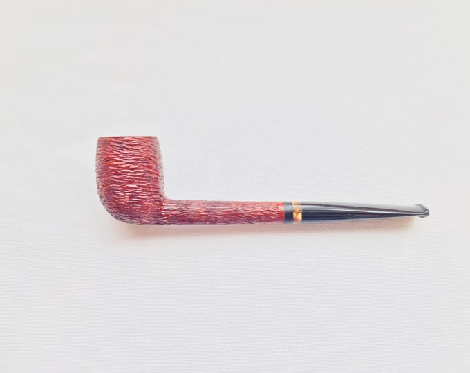 Handcrafted Rusticated Billiard with Hand-cut Long Black Ebonite Stem with Acrylic Tortoise Inlay