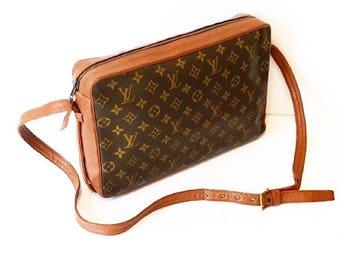 d432f12754b4 Authentic Vintage Louis Vuitton Monogram Bandouliere GM Crossbody Bag