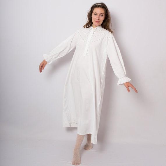 White Cotton Nightgown Edwardian Victorian Nightgo