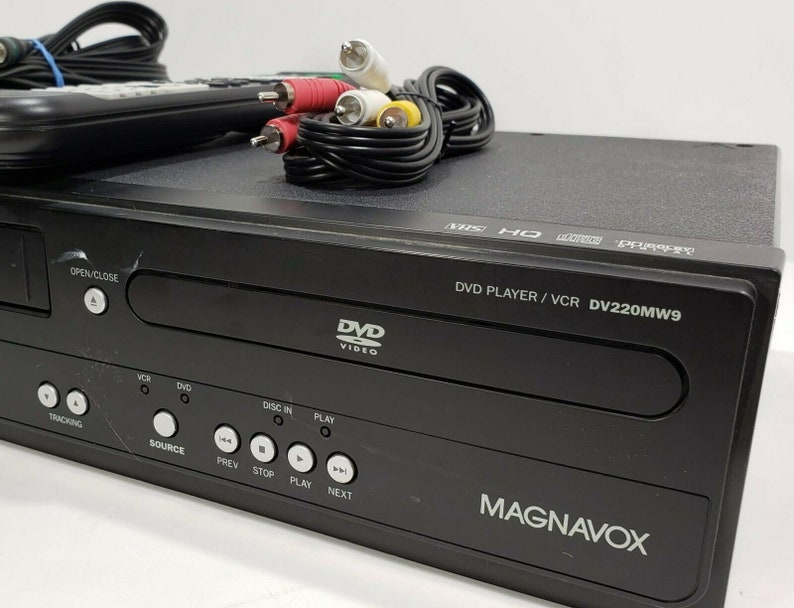 Magnavox DV200MW9 DVD VCR Combo Player VHS Recorder With Remote And Cables
