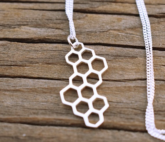 925 Sterling Silver Honeycomb Bee Charm Necklace Bumblebee Spring 1147 699