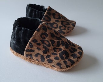 """soft leather baby slippers - birth gift - matte black """"caesar"""" model and leopard"""