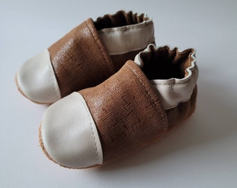 """soft leather baby slippers - birth gift - model """" Eugene """" chocolate and cream"""