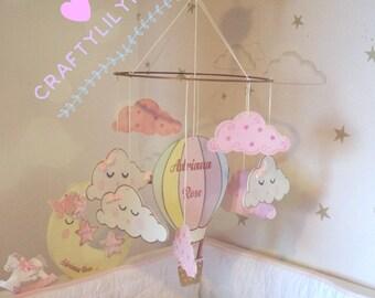 Hot air balloon mobile/ Hot air balloon nursery decor/ Pastel hot air balloon/ Nursery wall hanging