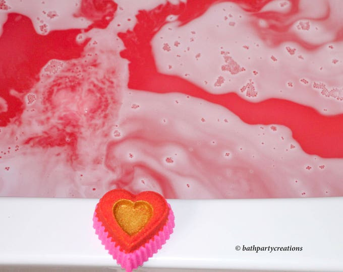 Sale XL Heart of Gold Foaming Fizzing Water Coloring Changing Bath Bomb