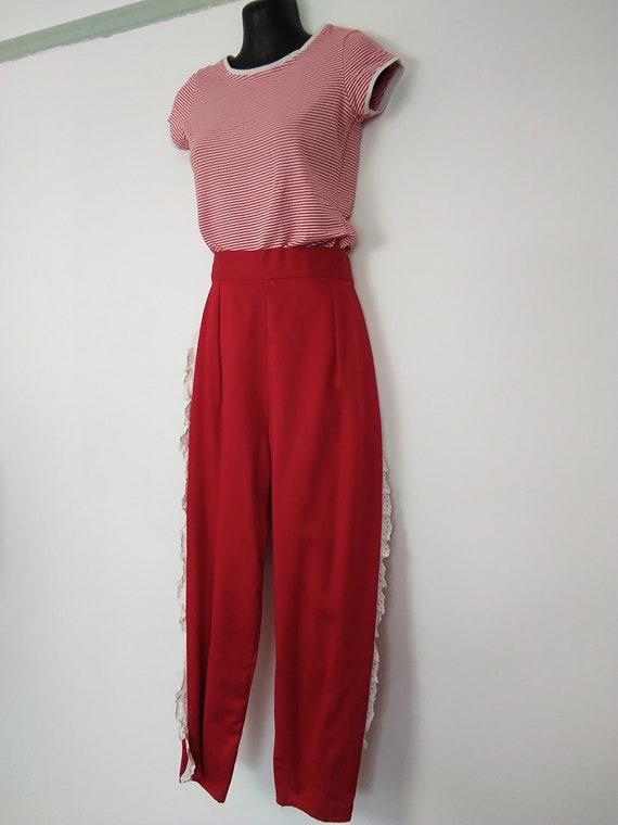 1950s Red Capri pants