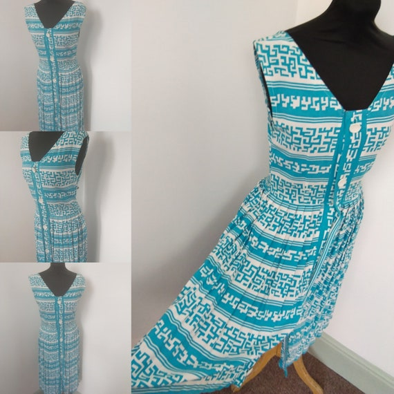 1940s Grecian sprint Turquoise & white dress