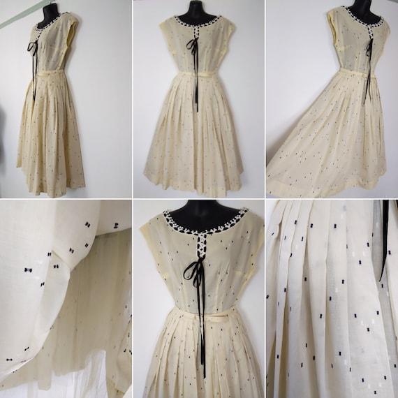 1950s cream & black lawn cotton dress