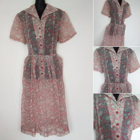 1940s sheer shirtwaister dress