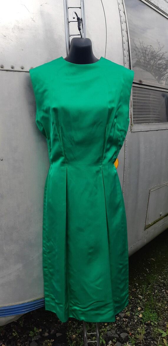 1950s Emerald green satin wiggle dress