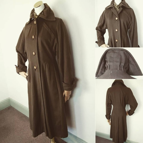 1940s /50s soft khaki Princess coat