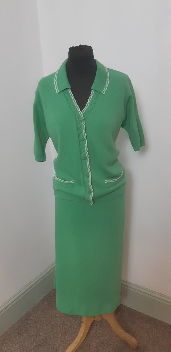 1940s knitted green suit