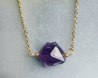 Raw amethyst necklace, Raw crystal necklace, Simple gold dainty necklace, February birthstone necklace, Women's necklace gift for her