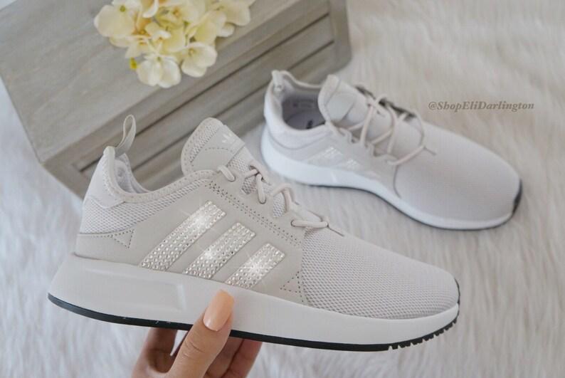 Chaussures Adidas Originals XPLR filles Womens Casual avec Classiv argent cristaux Swarovski sur fond rayé