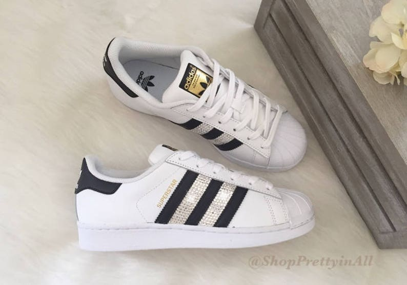 Conception innovante 49d3f 9eb71 Custom Adidas Original Superstar with Swarovski Crystals
