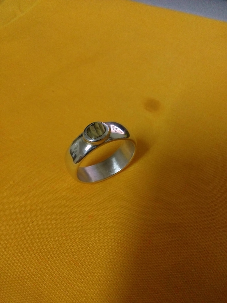Magical Energy Ring (5 Mix of Metal) Rare