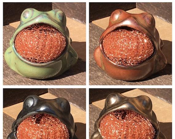 Stoneware Scrubby Frog
