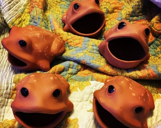 Featured listing image: Terra Cotta Frog Scrubby Holder