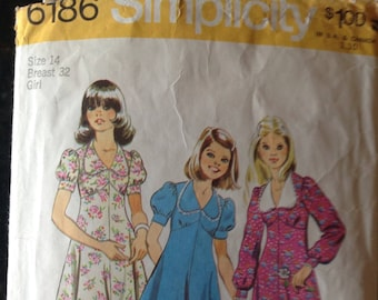 Simplicity 6186 Short Sleeve or Long Sleeve Knee Length or Long Dress Vintage Sewing Pattern Girl's Size 14