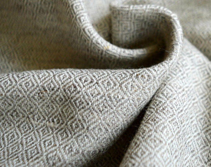 Lightweight Beige diamond twill wool fabric, handwoven natural wool, diamond weave wool, Vikings, Viking clothing, Anglo-saxon