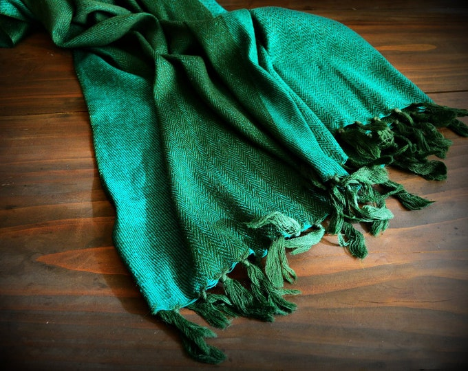 Large wool and silk shawl, green handwoven shawl, reversible, Vikings, Viking clothing, Vendel clothing