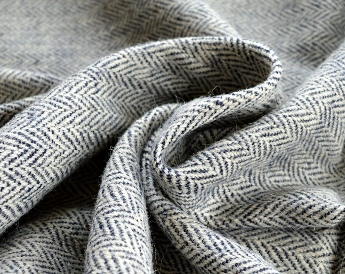 Handwoven herringbone wool fabric, 100% natural wool fabric, Viking clothing, pure wool for historical clothing