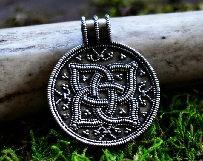 Viking pendant, Round silver Viking pendant from Norway, silver Viking pendant, shield amulet, historical jewellery, granulation