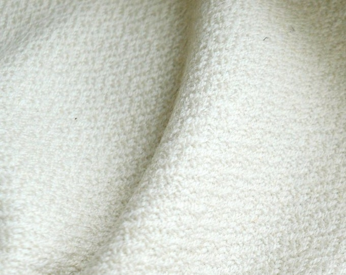 Heavy and warm diamond twill wool fabric, handwoven diamond weave wool, Vikings, Anglosaxon, natural wool, reenactment