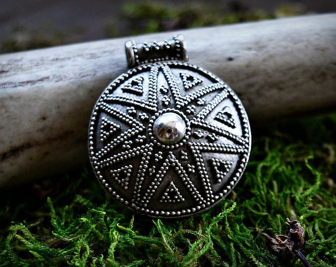 Round silver Viking pendant from Gnezdovo, shield pendant, historical jewellery, granulation