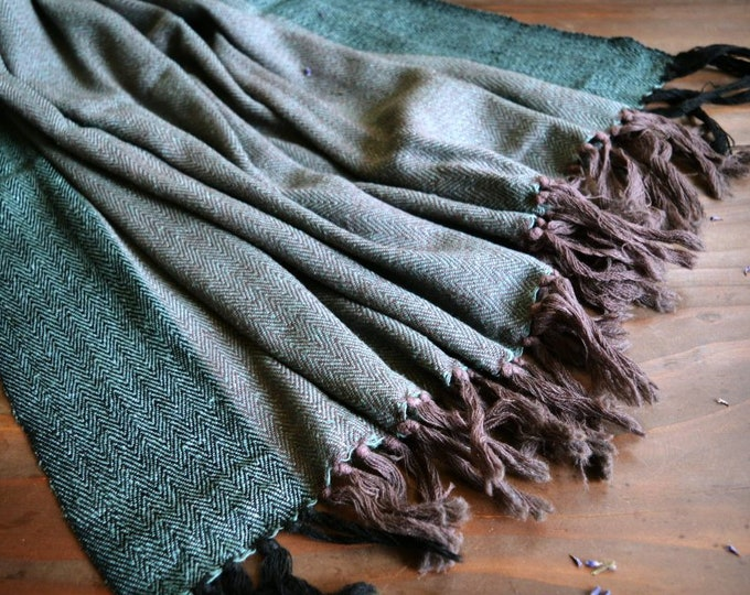 Green and mauve large handwoven wool and silk shawl, double-sided shawl, Vikings, Viking clothing, Vendel clothing
