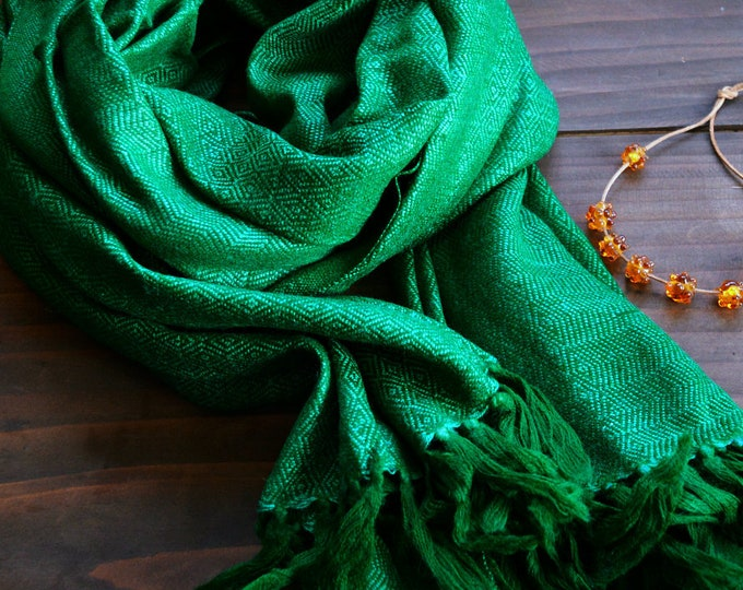 Green wool and silk shawl, handwoven diamond twill silk scarf, Vikings, diamond weave scarf, Viking clothing, Vendel clothing