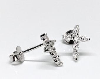 925 Sterling Silver Simple Cross Stud Earrings