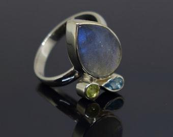 Natural labradorite ring