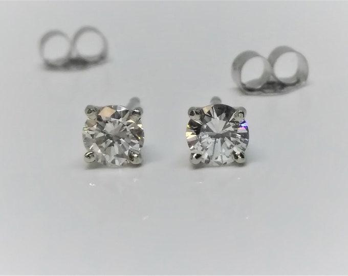 0.40 TCW SI3-I1 Clarity 14k White Gold Diamond Stud Earrings