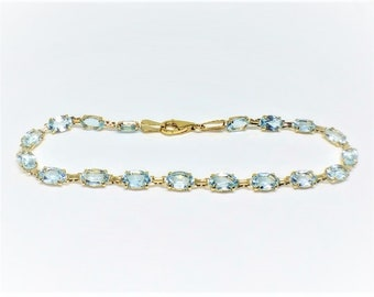 14k Yellow Gold Sky Blue Topaz Bracelet