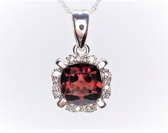 14k White Gold Garnet And Diamond Necklace