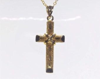14k Yellow Gold Textured Cross & Chain