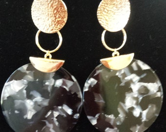 Gold Color Three Circle Black Speckle Celoid Earrings