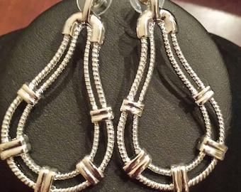 Silver Color Rope Pattern Teardrop Hoop Earrings