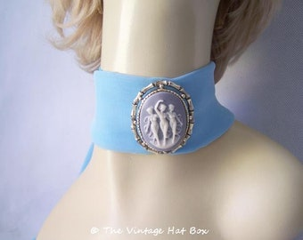 Vintage Blue Cameo Pin/Pendant with 3 Ladies