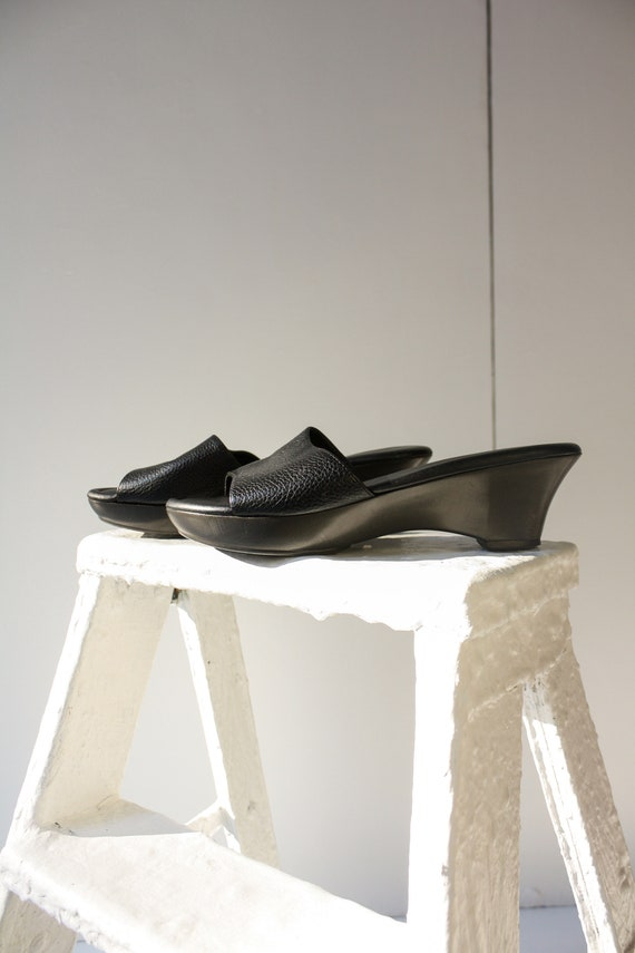 90s 5.5 6 Black Leather Wedge Mules / 90s Leather