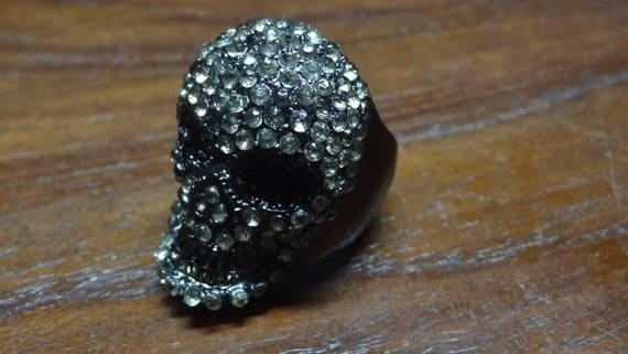 Skull Silver Glitter w//Rhinestones Biker Retro Goth Iron On Embroidered Patch
