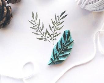 Leaf rubber stamp for botanical decor.