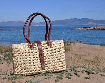 straw bag handmade with leather handles - straw basket, french market bag, Summer carrycot bag, french basket, basket, straw bag