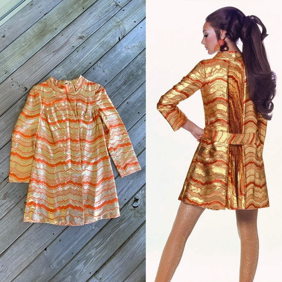 Vintage 60s Mod Tunic Dress/ 1960s Space Age Dress