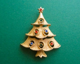 e14f75a7b JJ Signed Guilloche Enamel Tiered Christmas Tree Brooch HOUSE OF