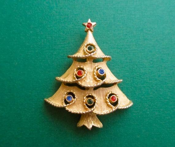 bb7006a20 Vintage Christmas Tree Pin signed JJ Designer | Etsy