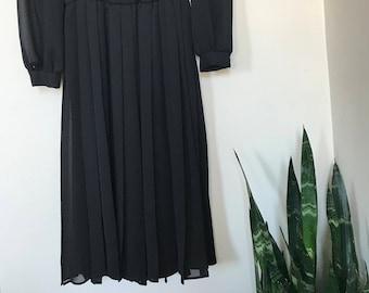Vintage Black Pleated Midi Dress