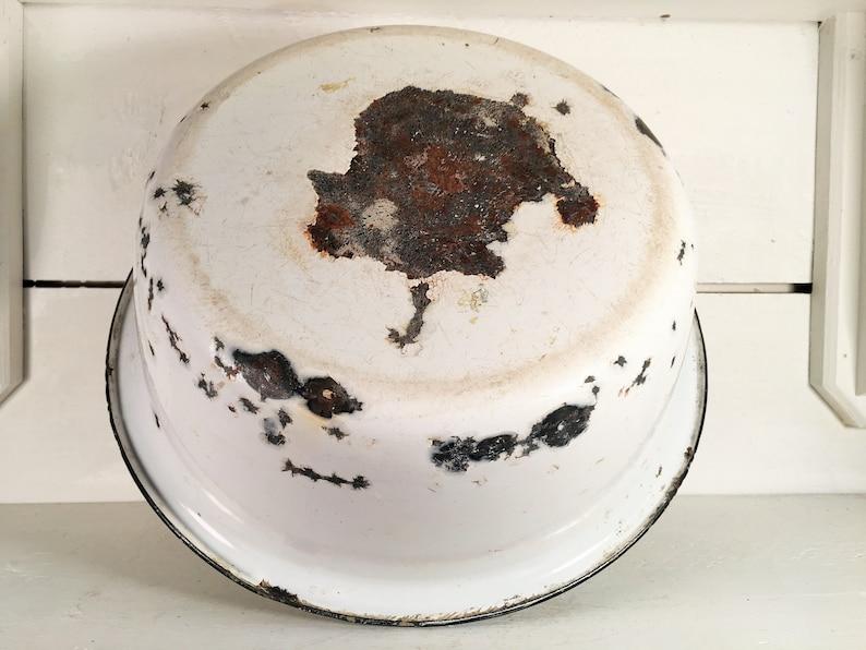 Large White and Black Trimmed Rustic Enamelware BowlFarmhouse Kitchen Large Rustic Enamel BowlShabby Chic Farm Bowl