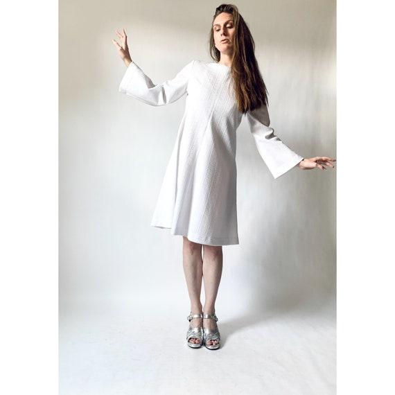 vintage 1970s dress 70s bell sleeve a-line dress